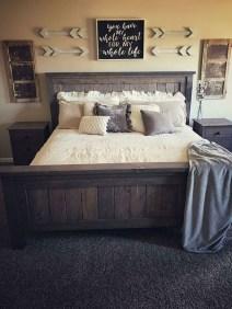 Elegant Farmhouse Bedroom Decor Ideas 30