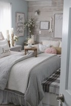 Elegant Farmhouse Bedroom Decor Ideas 33