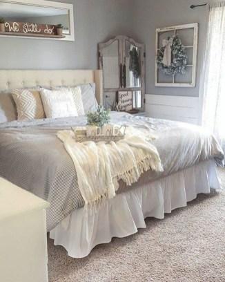 Elegant Farmhouse Bedroom Decor Ideas 36