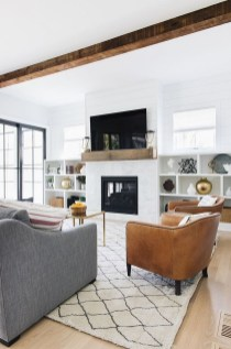 Luxury Modern Farmhouse Decoration Ideas 31