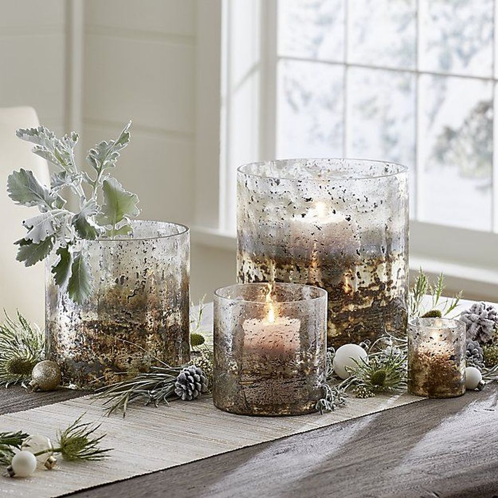 Beautiful Winter Dining Room Table Decor Ideas Which You Definitely Like 27