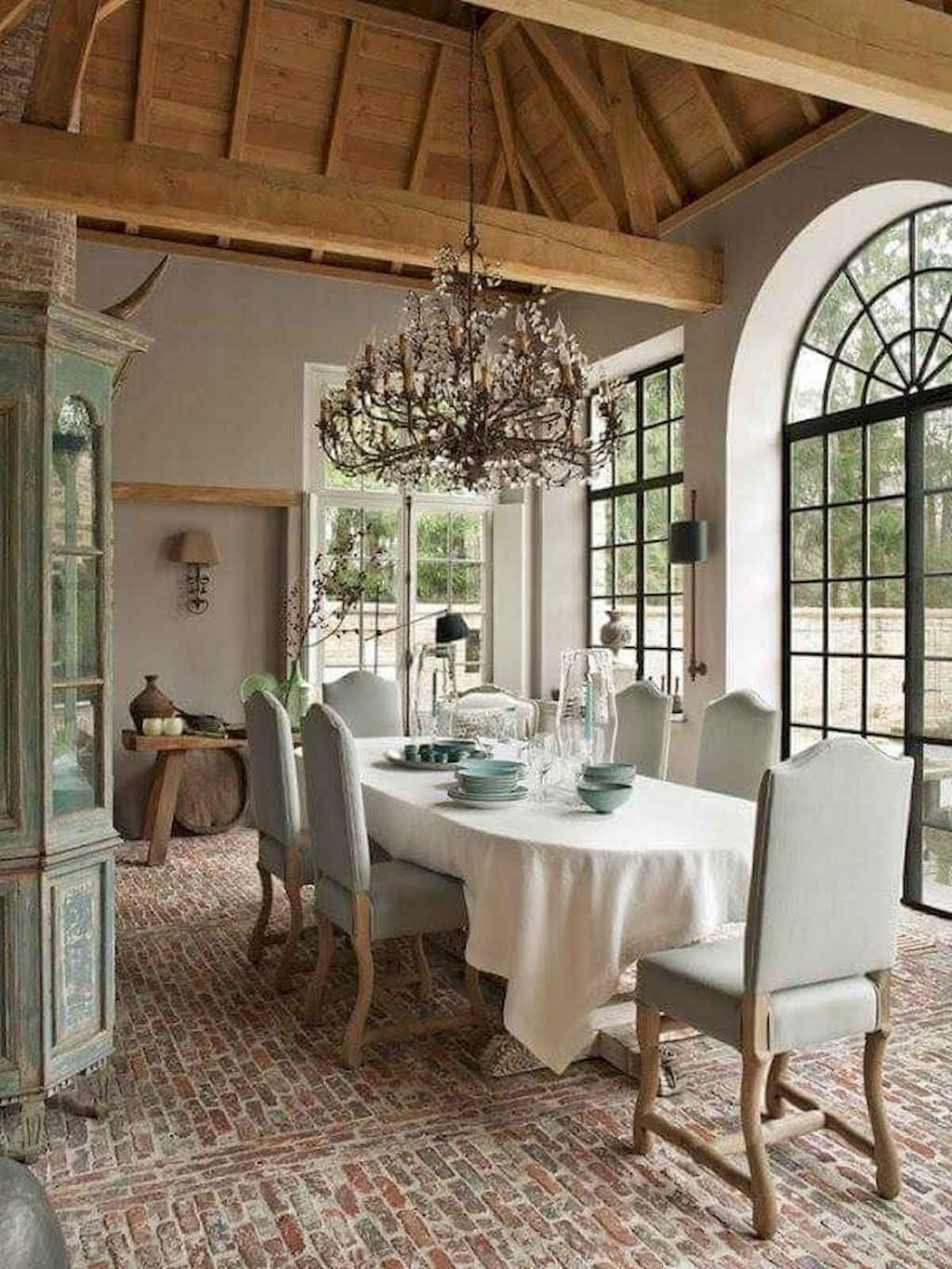 Beautiful Winter Dining Room Table Decor Ideas Which You Definitely Like 37