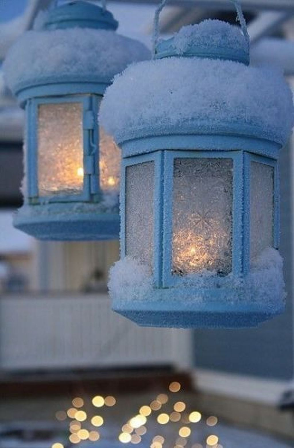 Beautiful Winter Wonderland Lighting Ideas For Outdoor And Indoor Decor 23