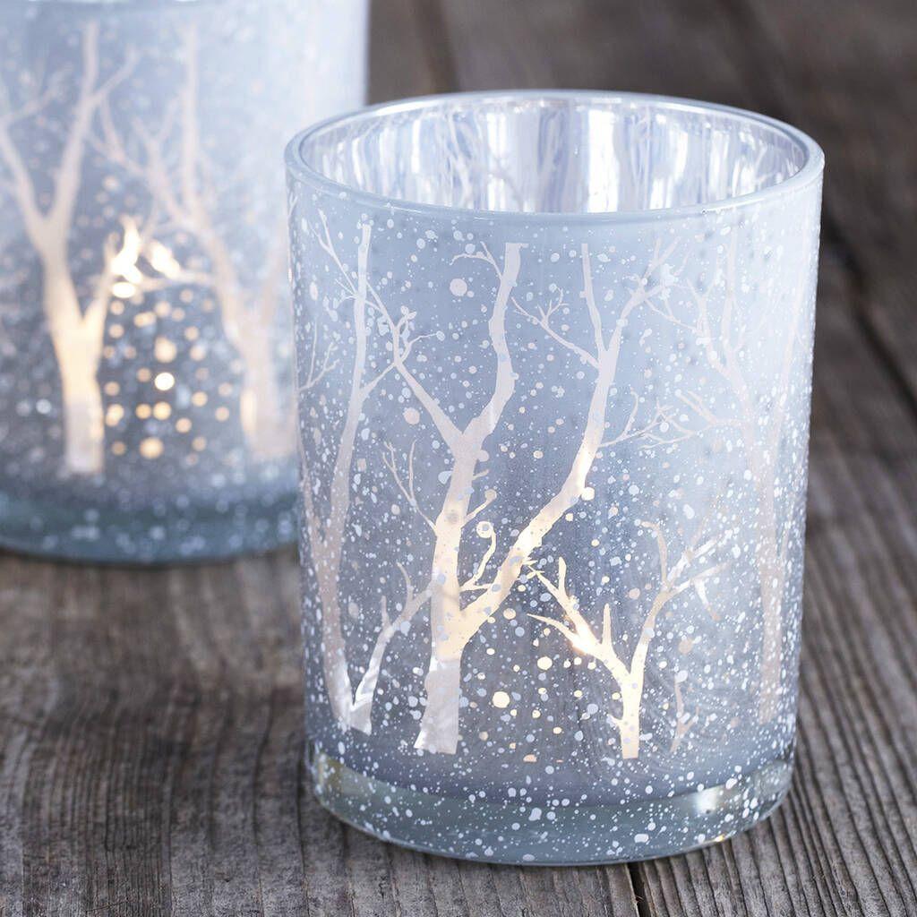 Beautiful Winter Wonderland Lighting Ideas For Outdoor And Indoor Decor 27