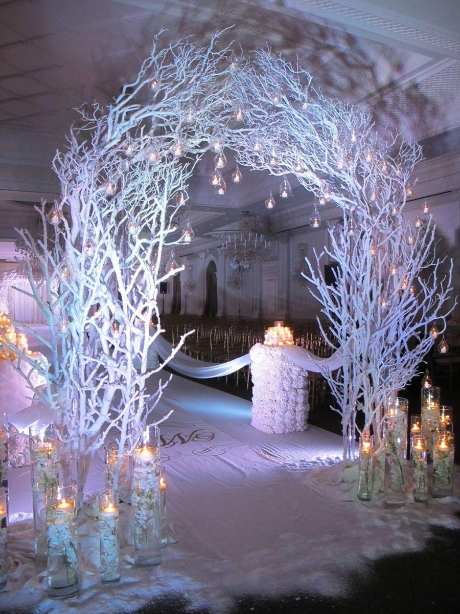 Beautiful Winter Wonderland Lighting Ideas For Outdoor And Indoor Decor 28