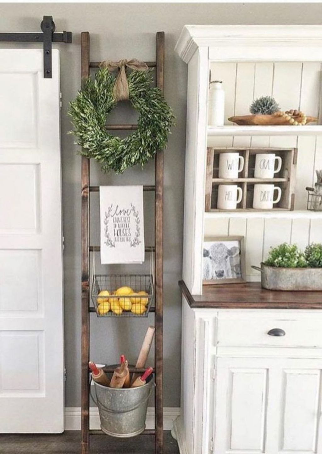 Inspiring Winter Kitchen Decor Ideas You Can Try 35