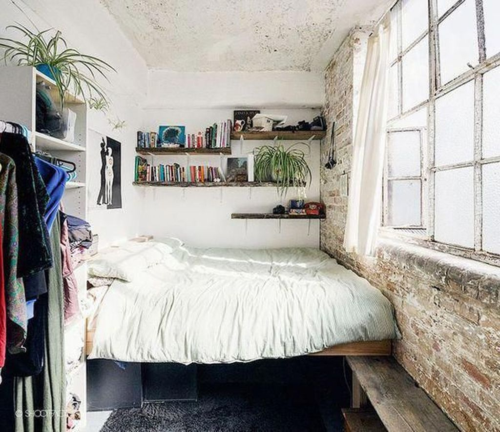 Admirable Small Bedroom Decor Ideas You Never Seen Before 16