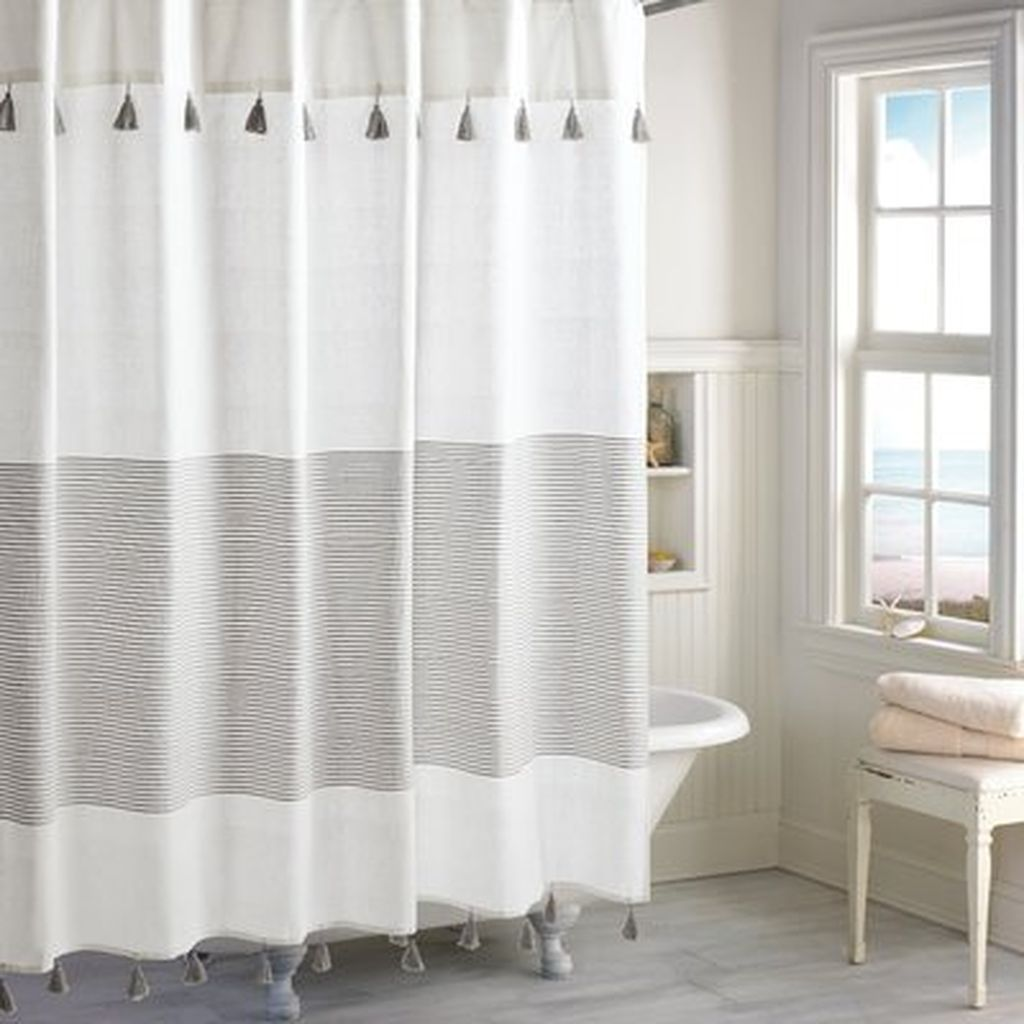 Amazing Black And White Shower Curtain For Your Bathroom Decor 27