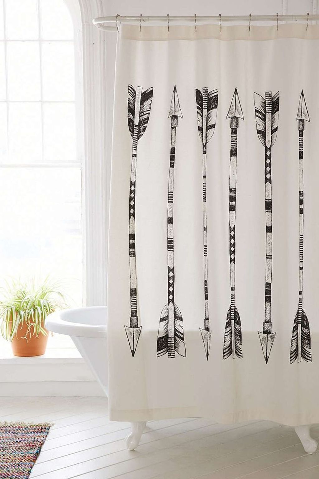 Amazing Black And White Shower Curtain For Your Bathroom Decor 28