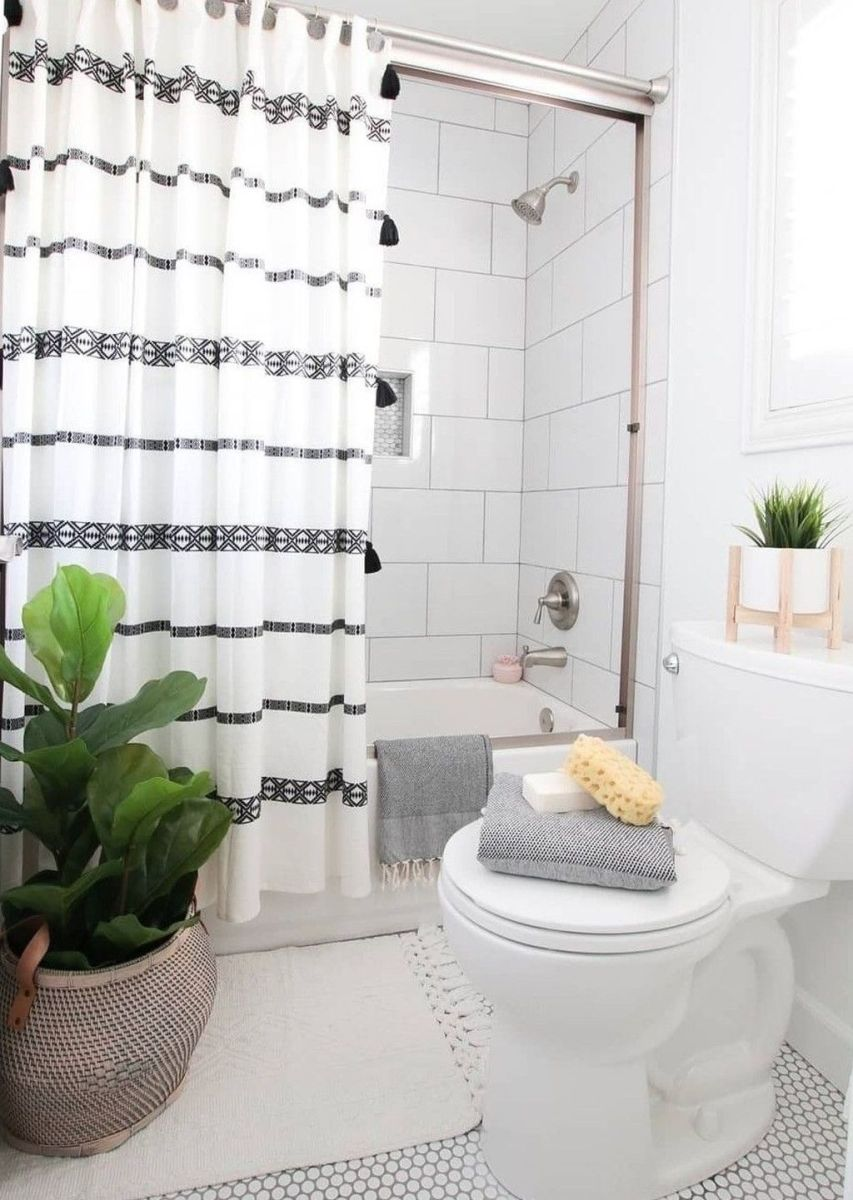Amazing Black And White Shower Curtain For Your Bathroom Decor 29