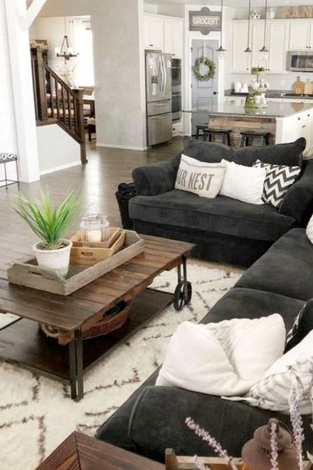 Inspiring Living Room Furniture Ideas Look Beautiful 25