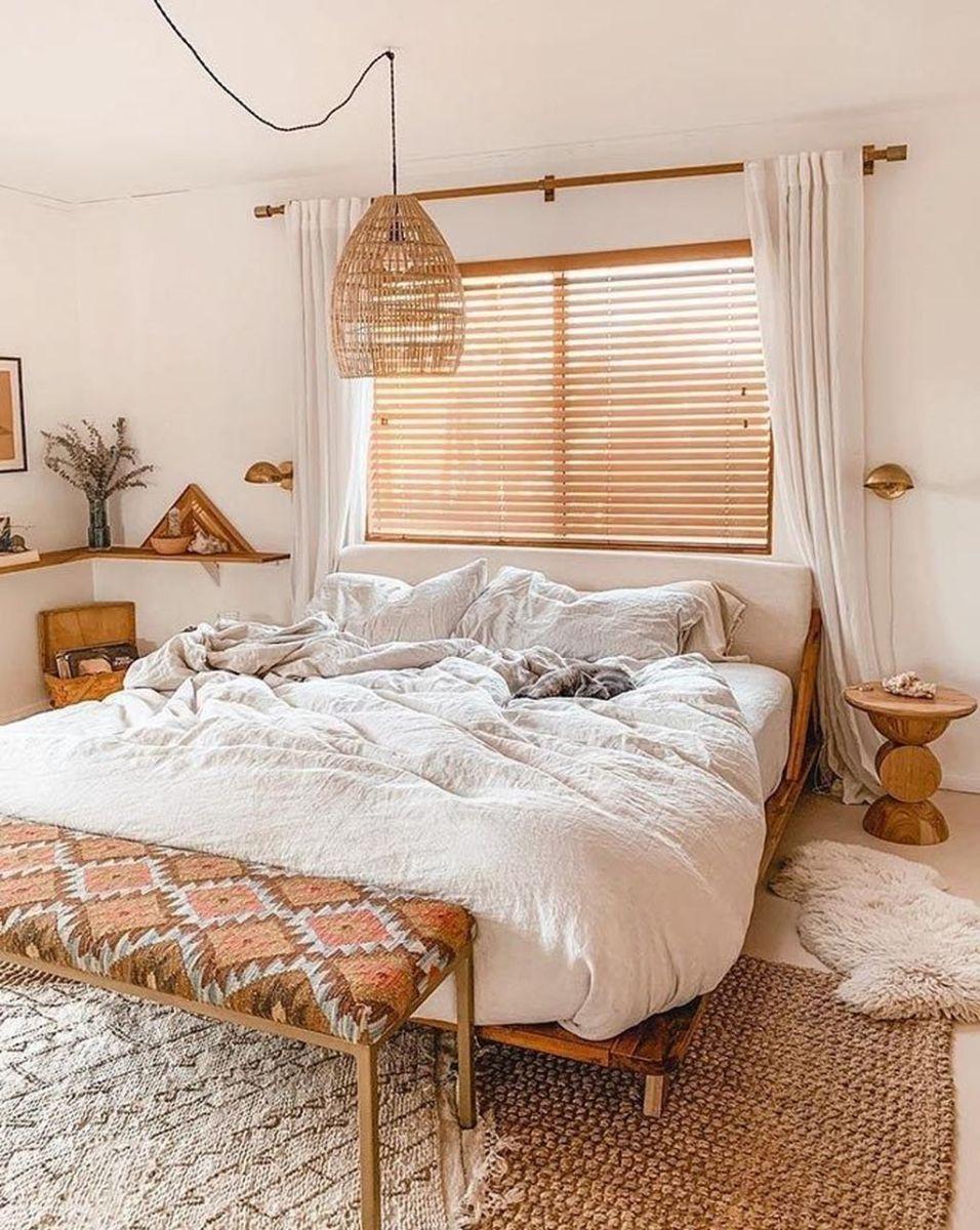 Lovely Boho Chic Bedroom Decor Idea 09