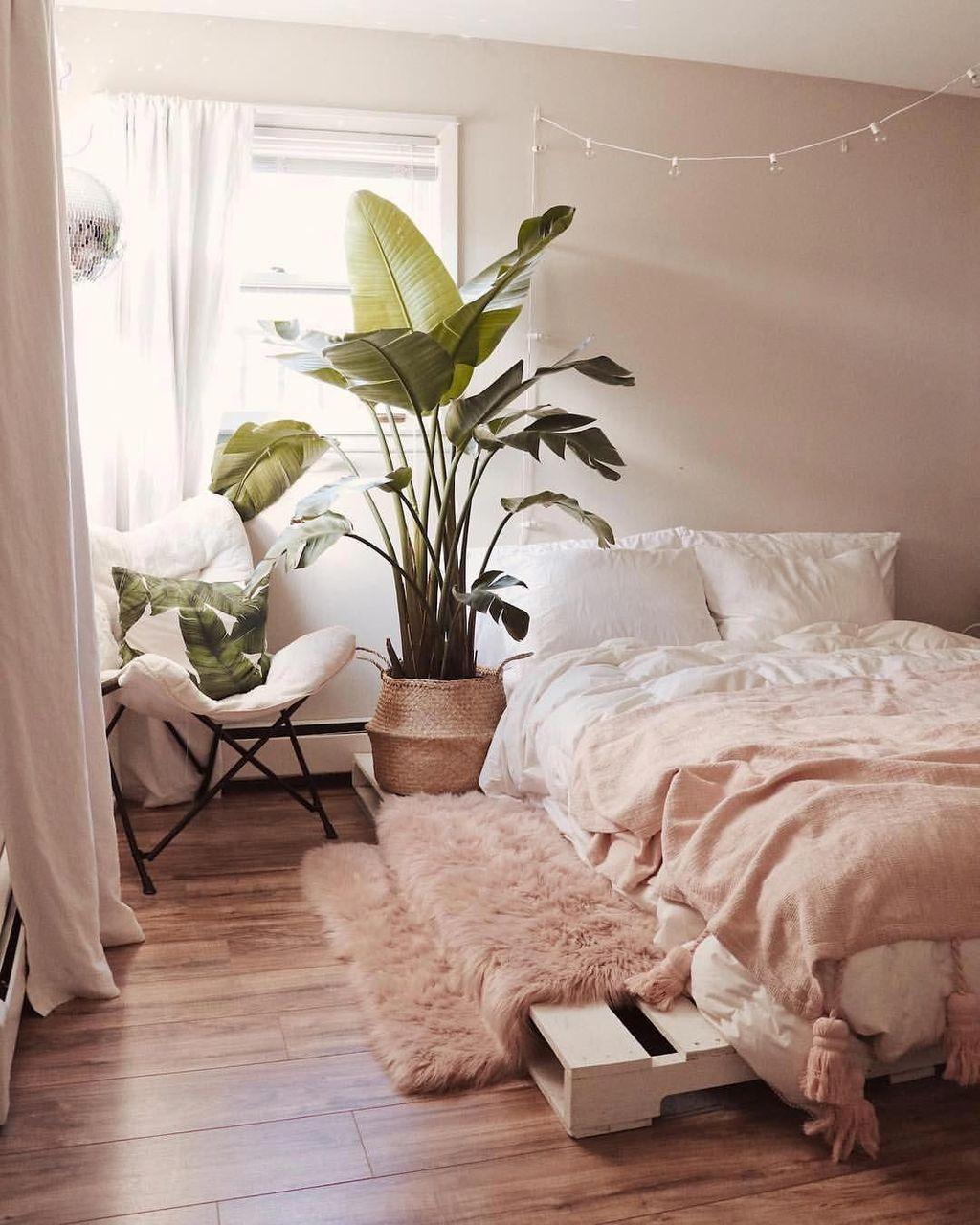 Lovely Boho Chic Bedroom Decor Idea 12
