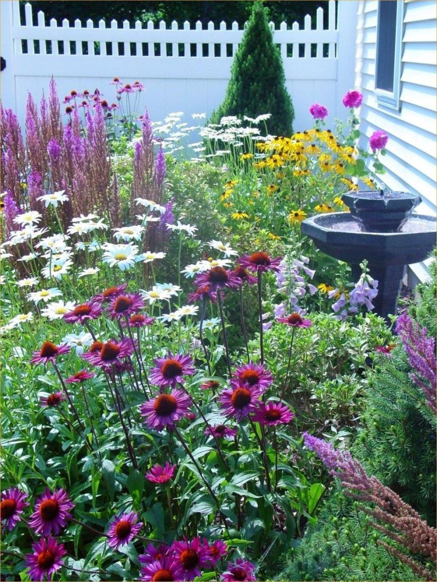 Lovely Flower Garden Design Ideas To Beautify Your Outdoor 04