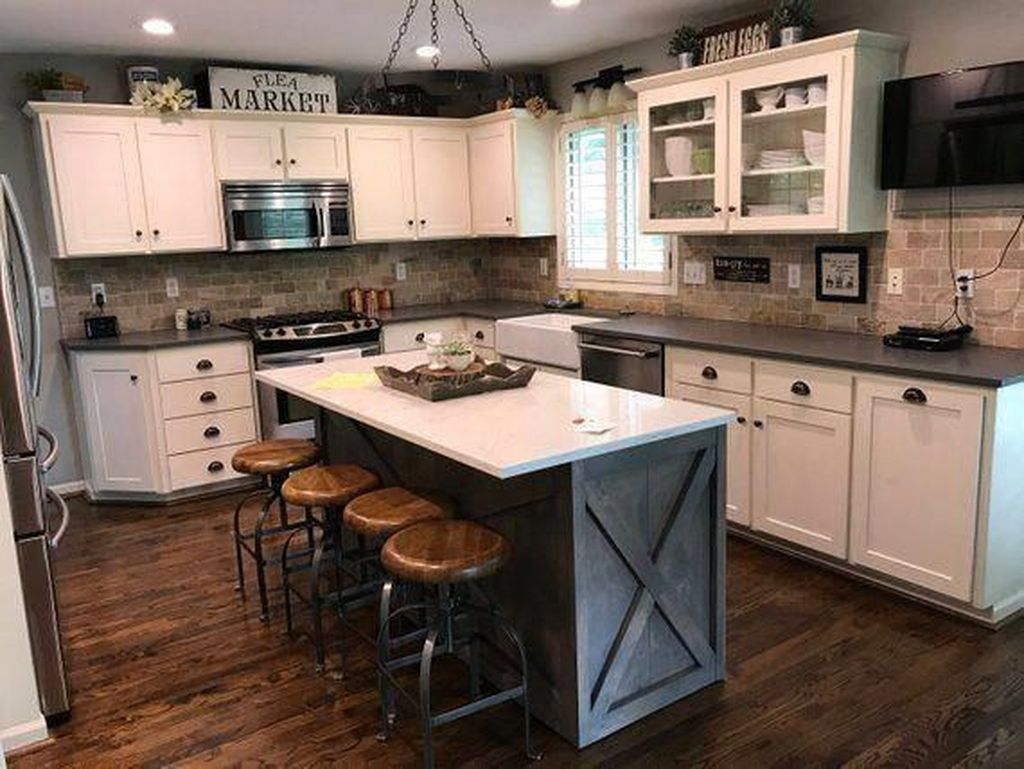 Nice Rustic Farmhouse Kitchen Cabinets Design Ideas 03
