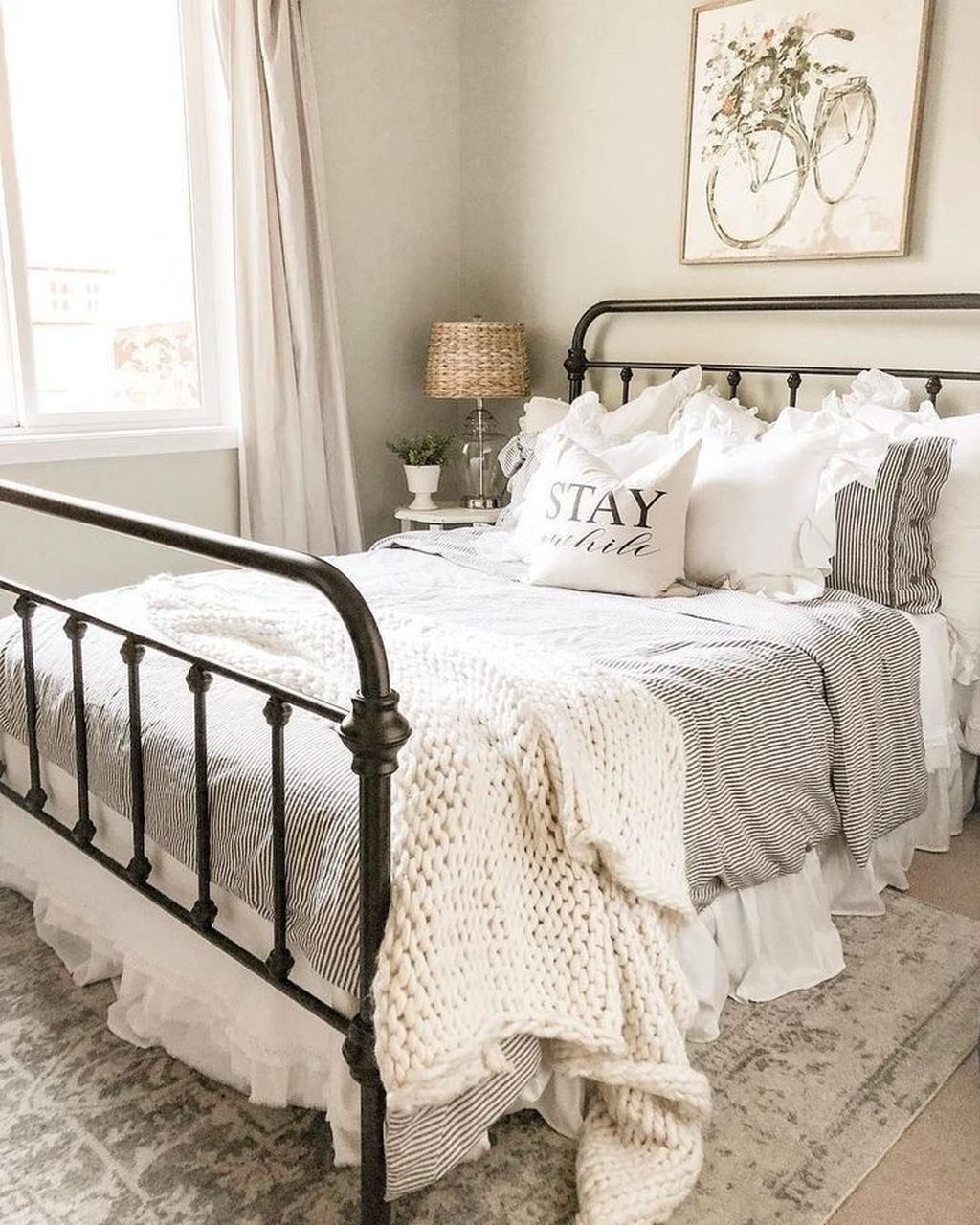 Stunning French Bedroom Decor Ideas That Will Inspire You 23