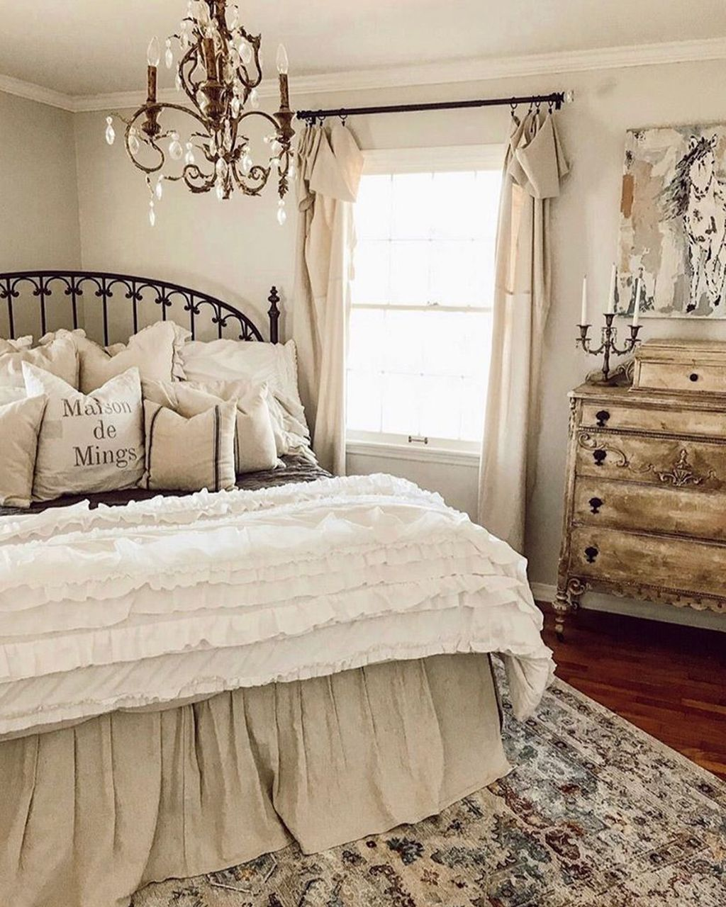 Stunning French Bedroom Decor Ideas That Will Inspire You 25