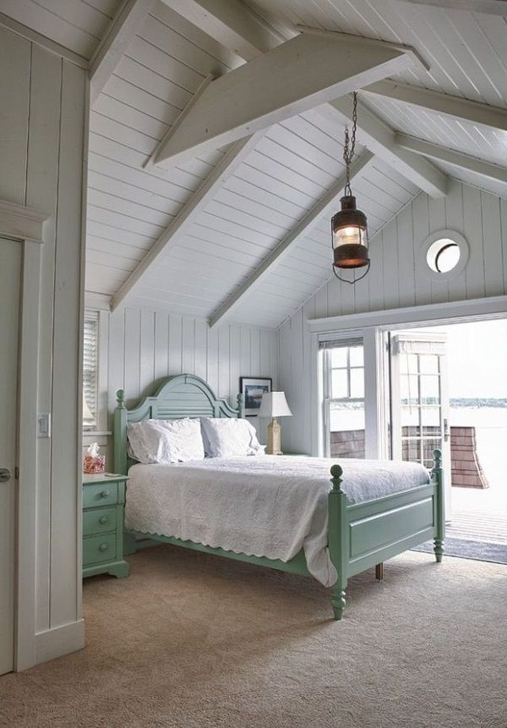 The Best Lake House Bedroom Design And Decor Ideas 01