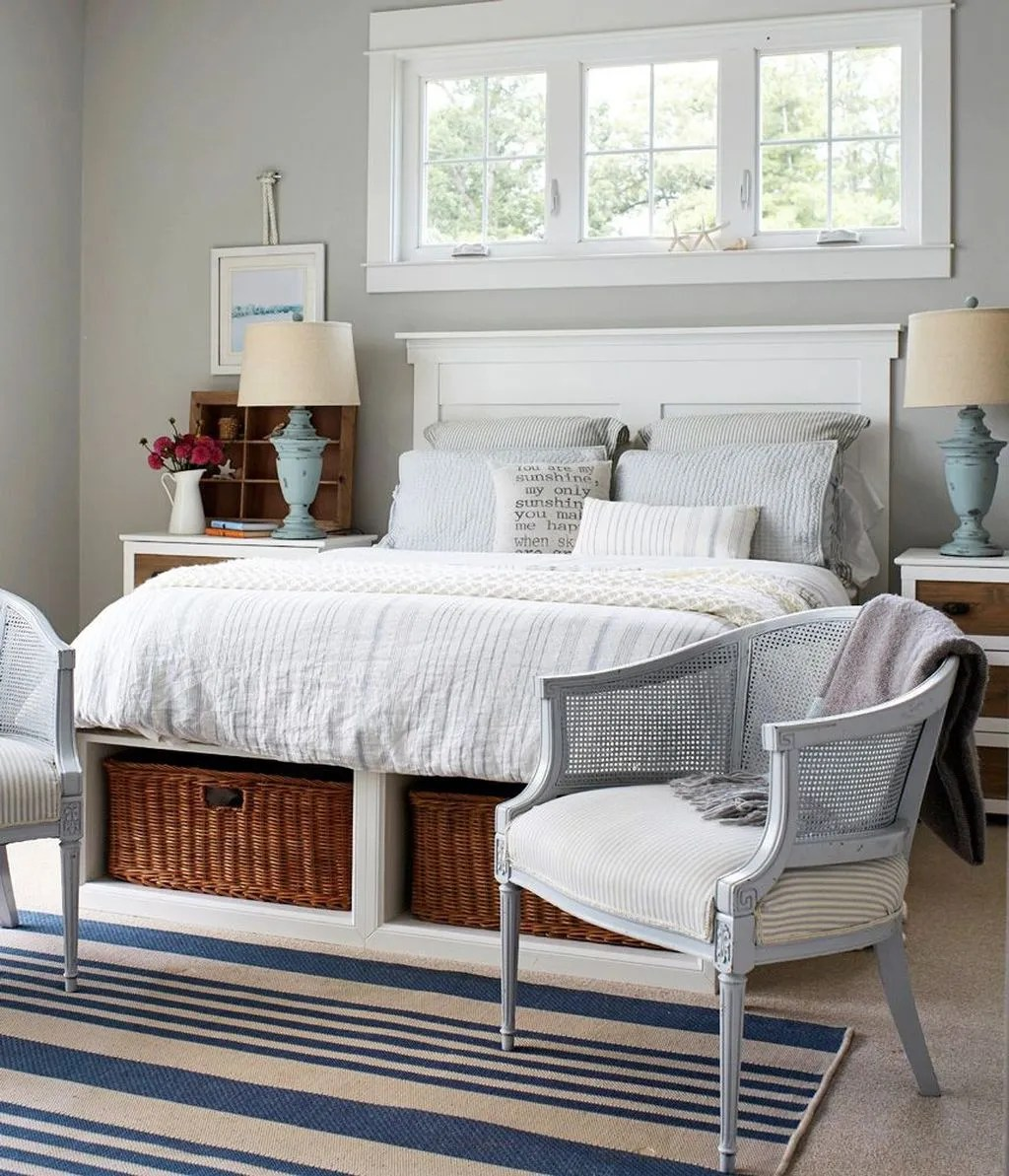 The Best Lake House Bedroom Design And Decor Ideas 09