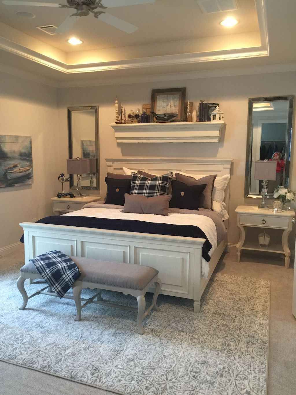 The Best White Master Bedroom Design And Decoration Ideas 14