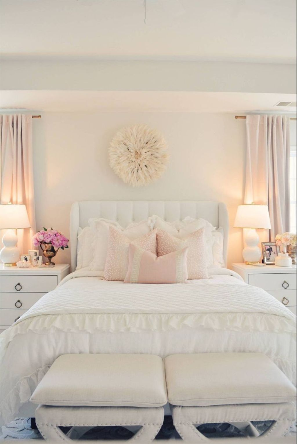 The Best White Master Bedroom Design And Decoration Ideas ...