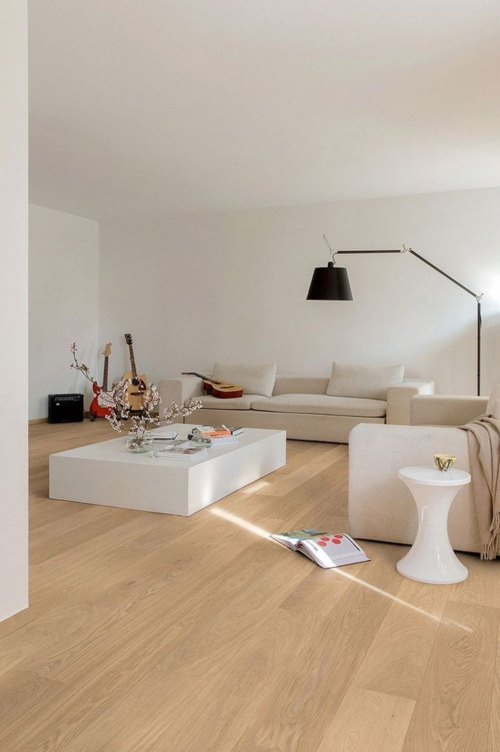 Amazing Bamboo Flooring Ideas For Living Room 09