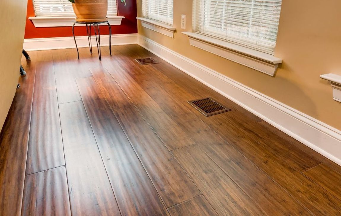 Amazing Bamboo Flooring Ideas For Living Room 22