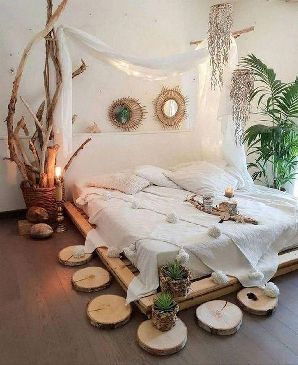 Awesome Boho Chic Bedroom Decor Ideas 02