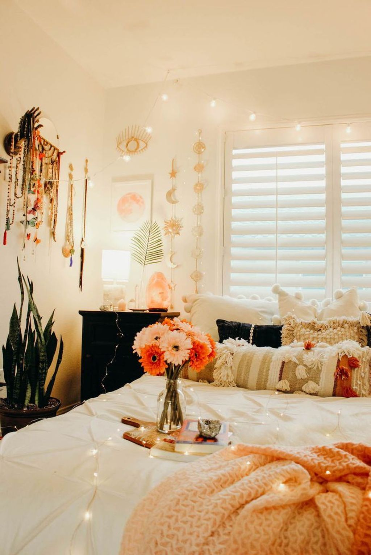 Awesome Boho Chic Bedroom Decor Ideas 33