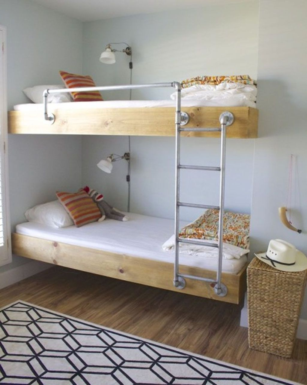 Fascinating Bunk Beds Design Ideas For Small Room 11