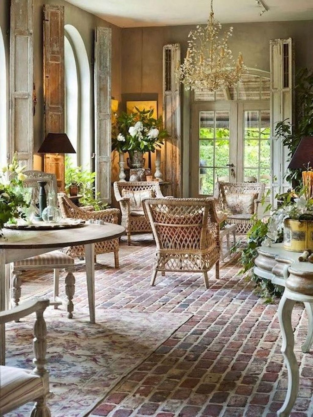 Gorgeous French Country Decorating Ideas 15
