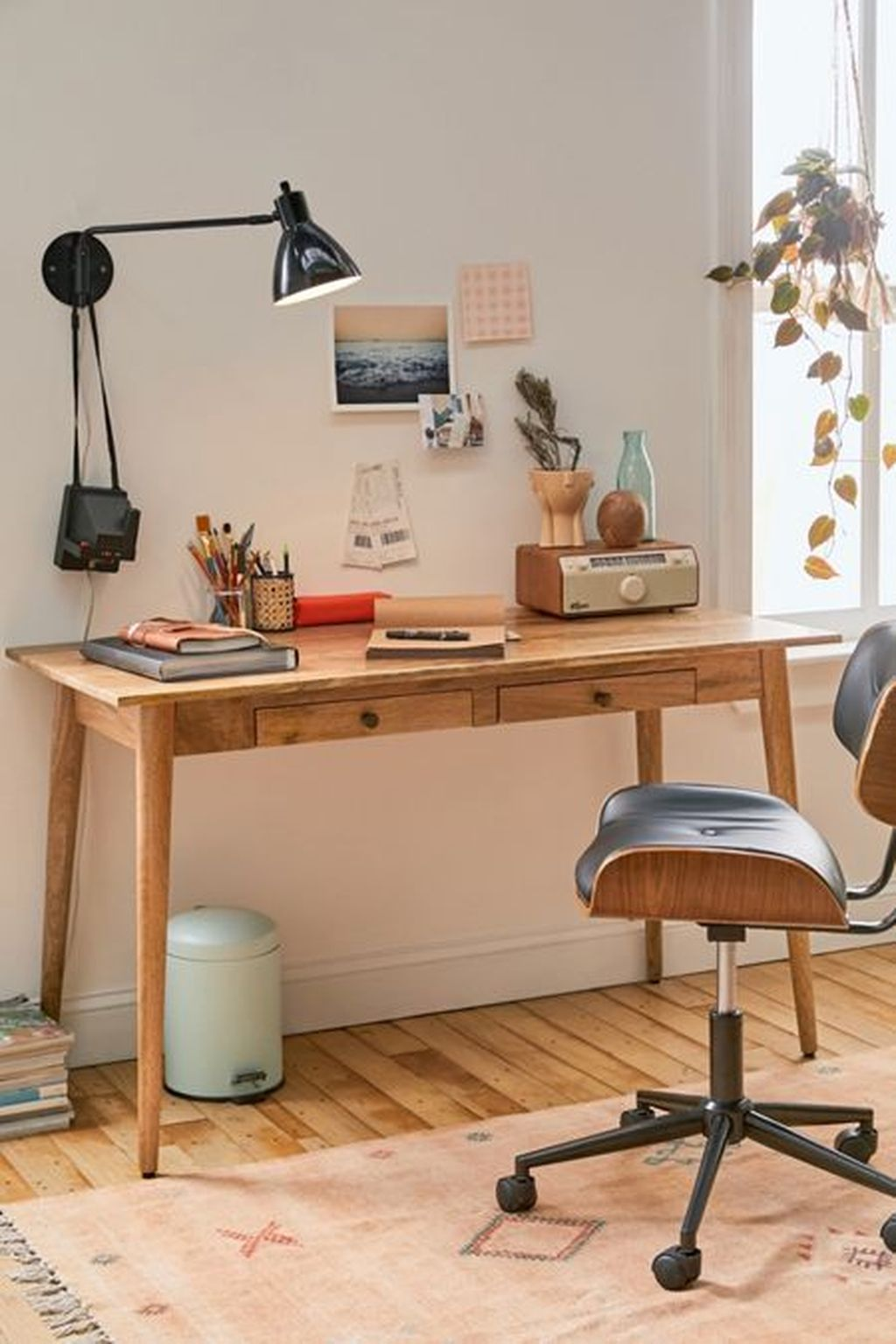 Inspiring Creative Desk Ideas You Must Try 06