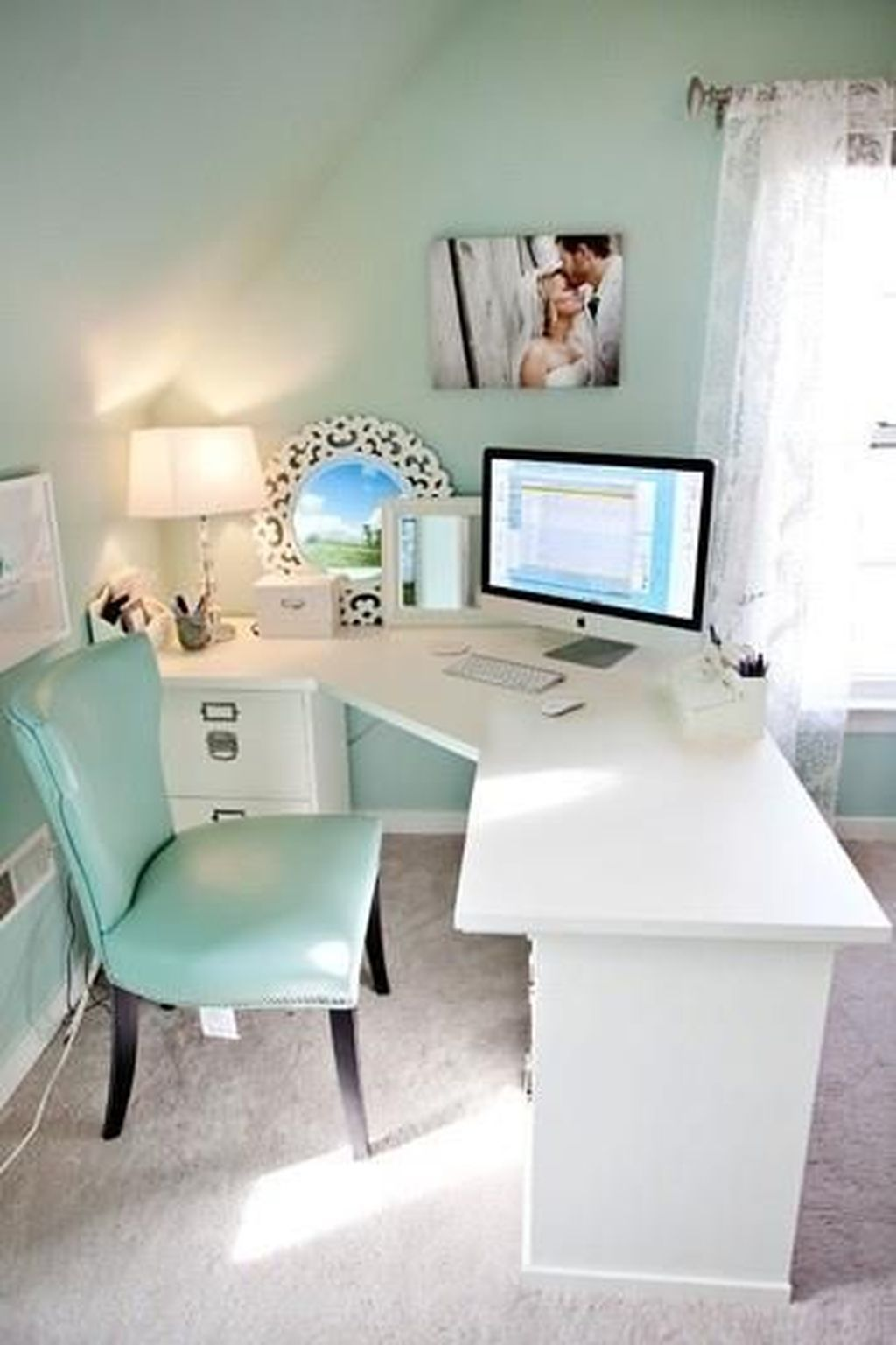 Inspiring Creative Desk Ideas You Must Try 32