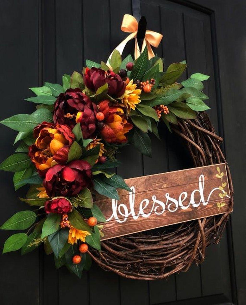 Inspiring Thanksgiving Front Door Decor Ideas 02