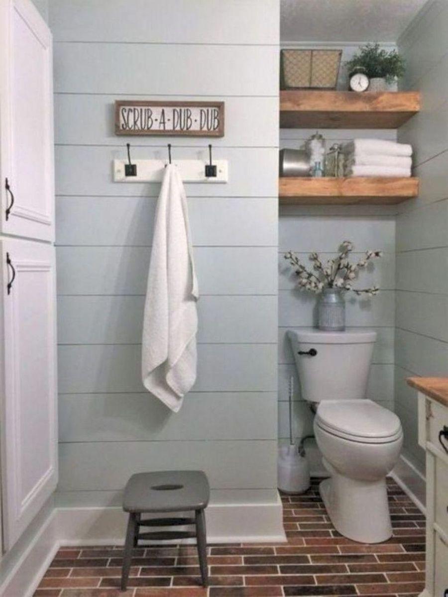 Lovely Relaxing Farmhouse Bathroom Decor Ideas 22