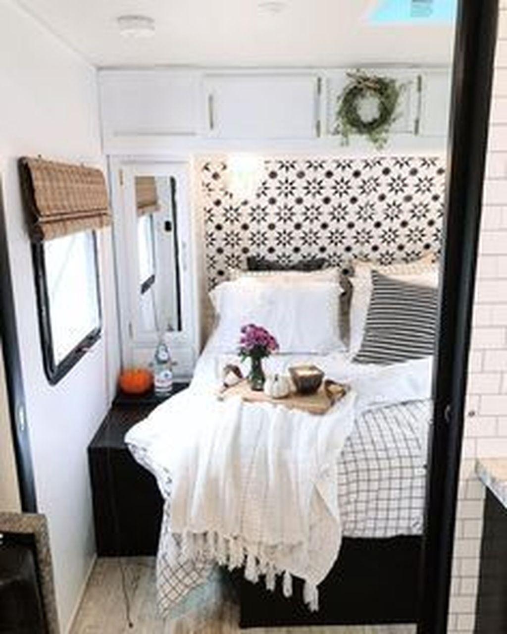 Nice RV Camper Remodel Ideas 27