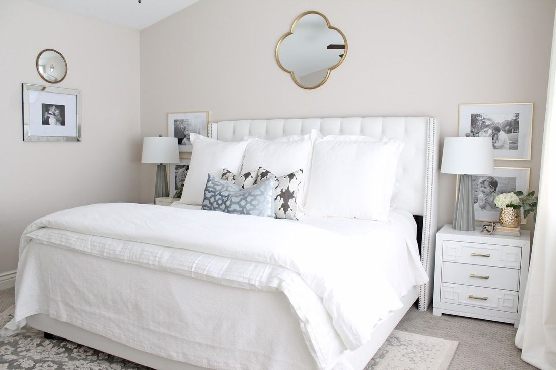 Popular White Master Bedroom Furniture Ideas 01