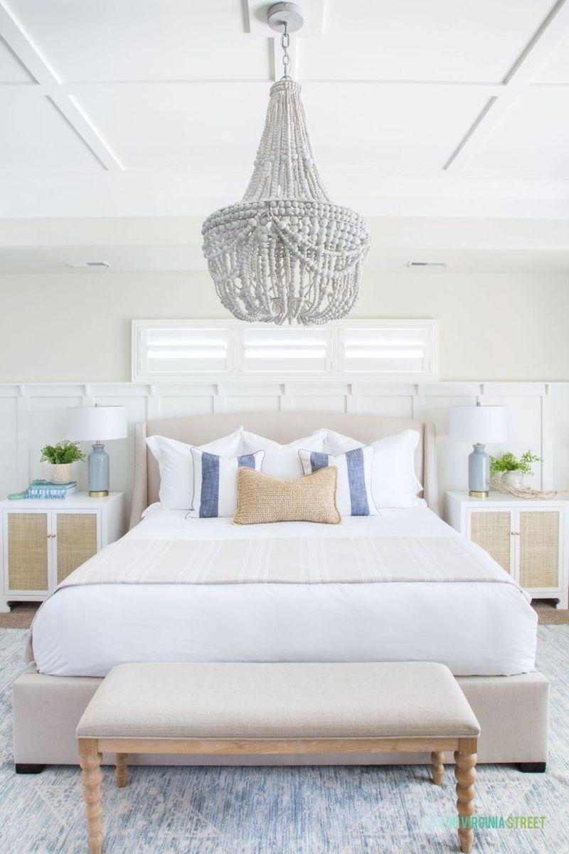 Popular White Master Bedroom Furniture Ideas 02