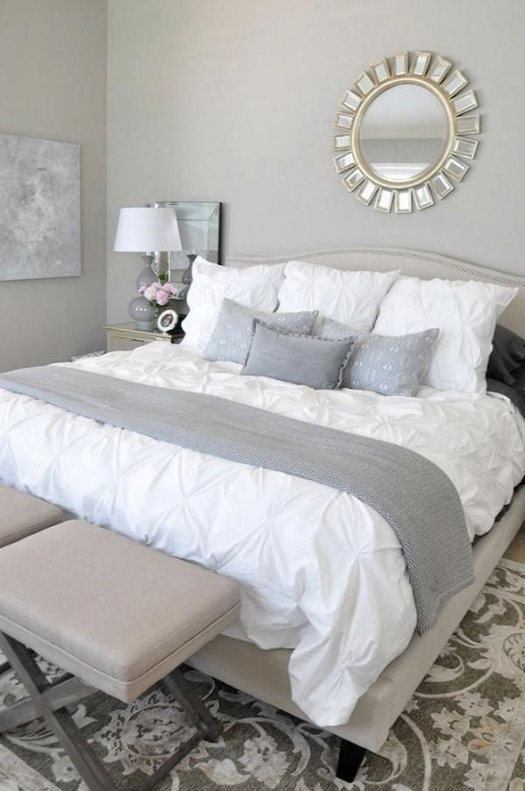Popular White Master Bedroom Furniture Ideas 12