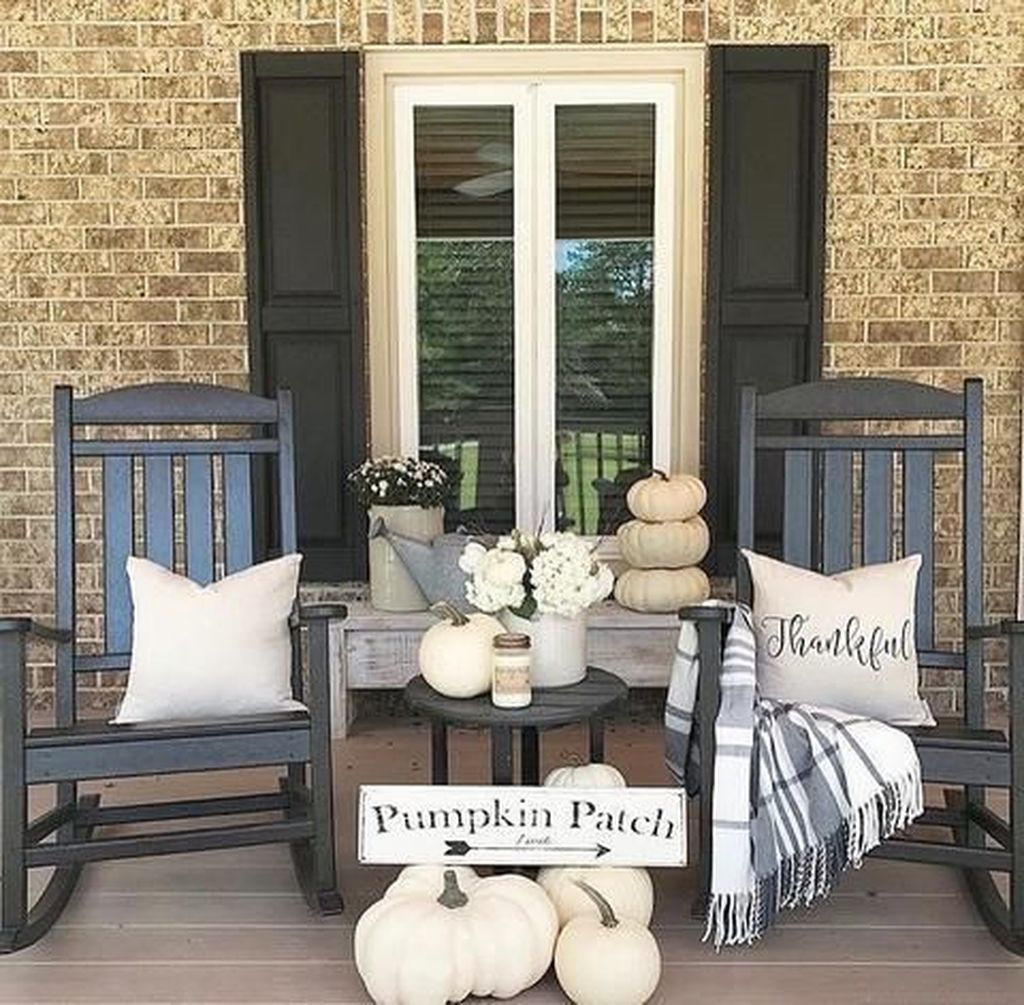 Stunning Rustic Patio Decorating Ideas 02