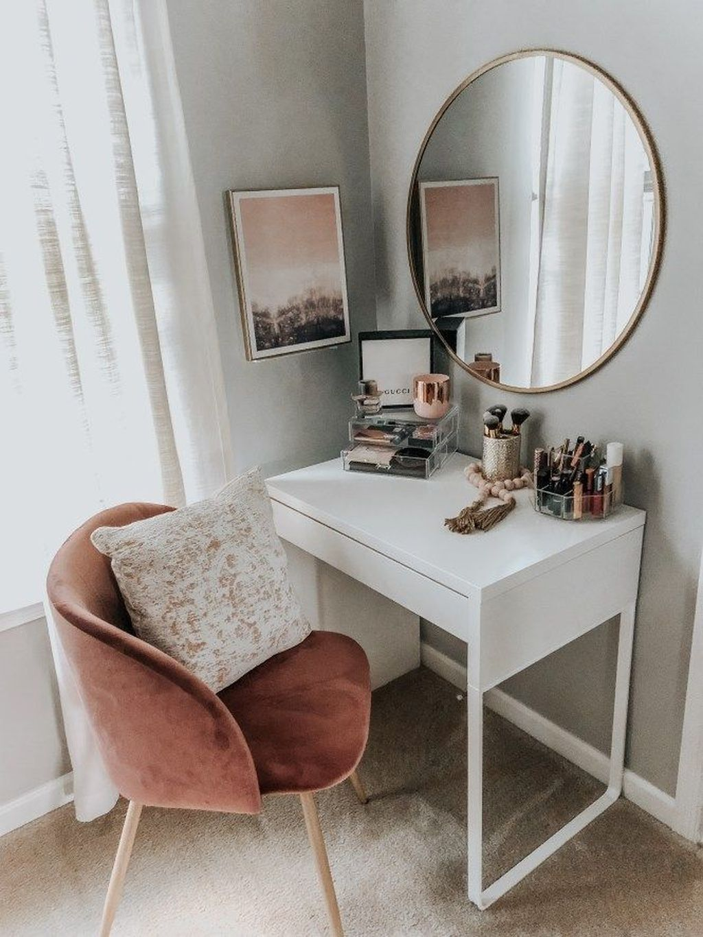 The Best Minimalist Furniture Ideas For Apartment 32
