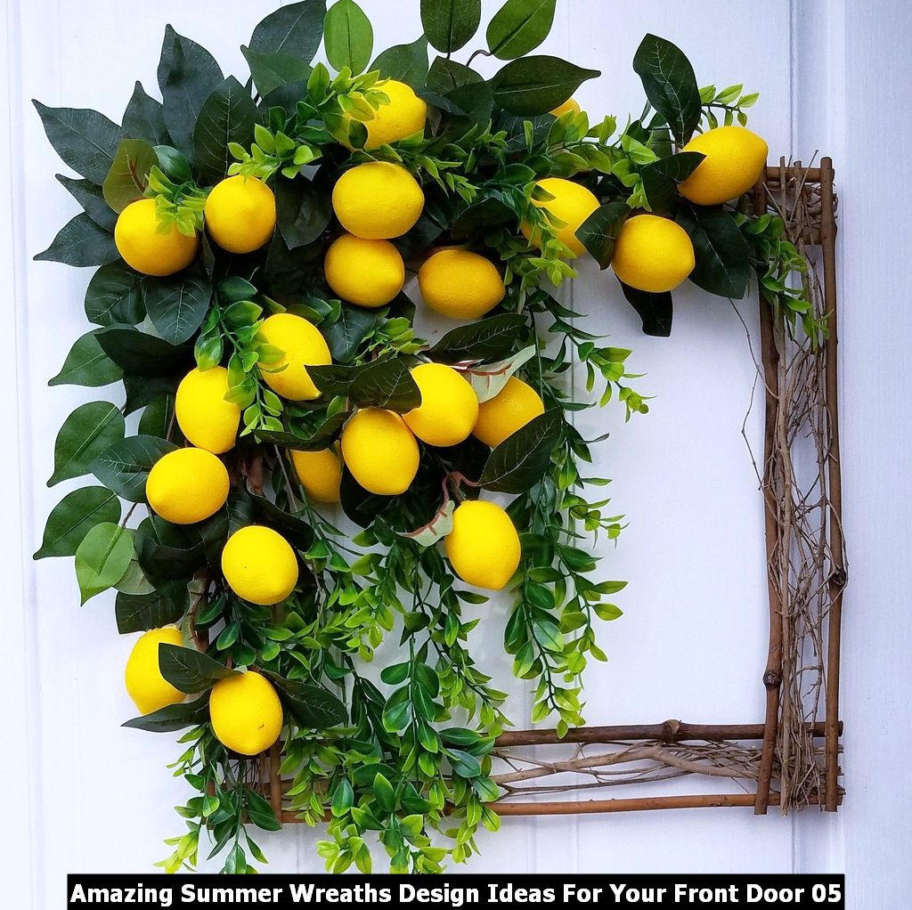 Amazing Summer Wreaths Design Ideas For Your Front Door 05