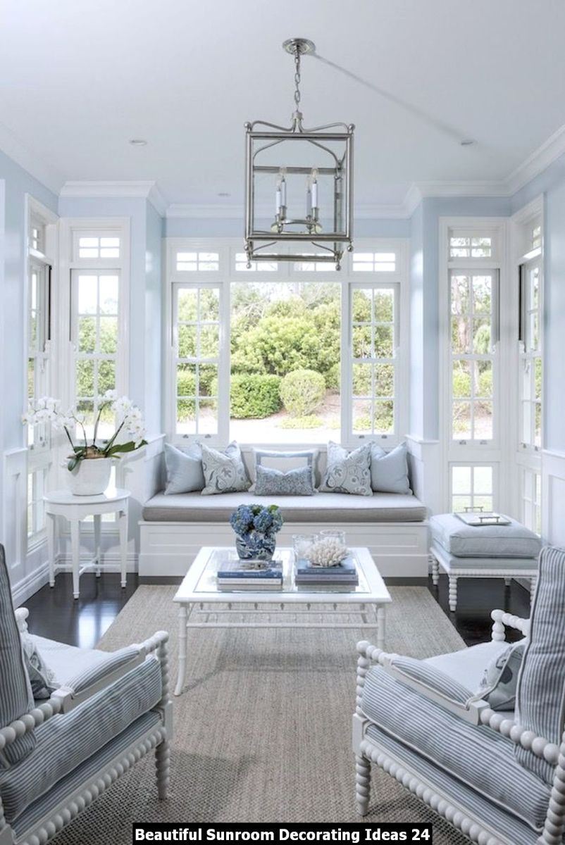 Beautiful Sunroom Decorating Ideas 24