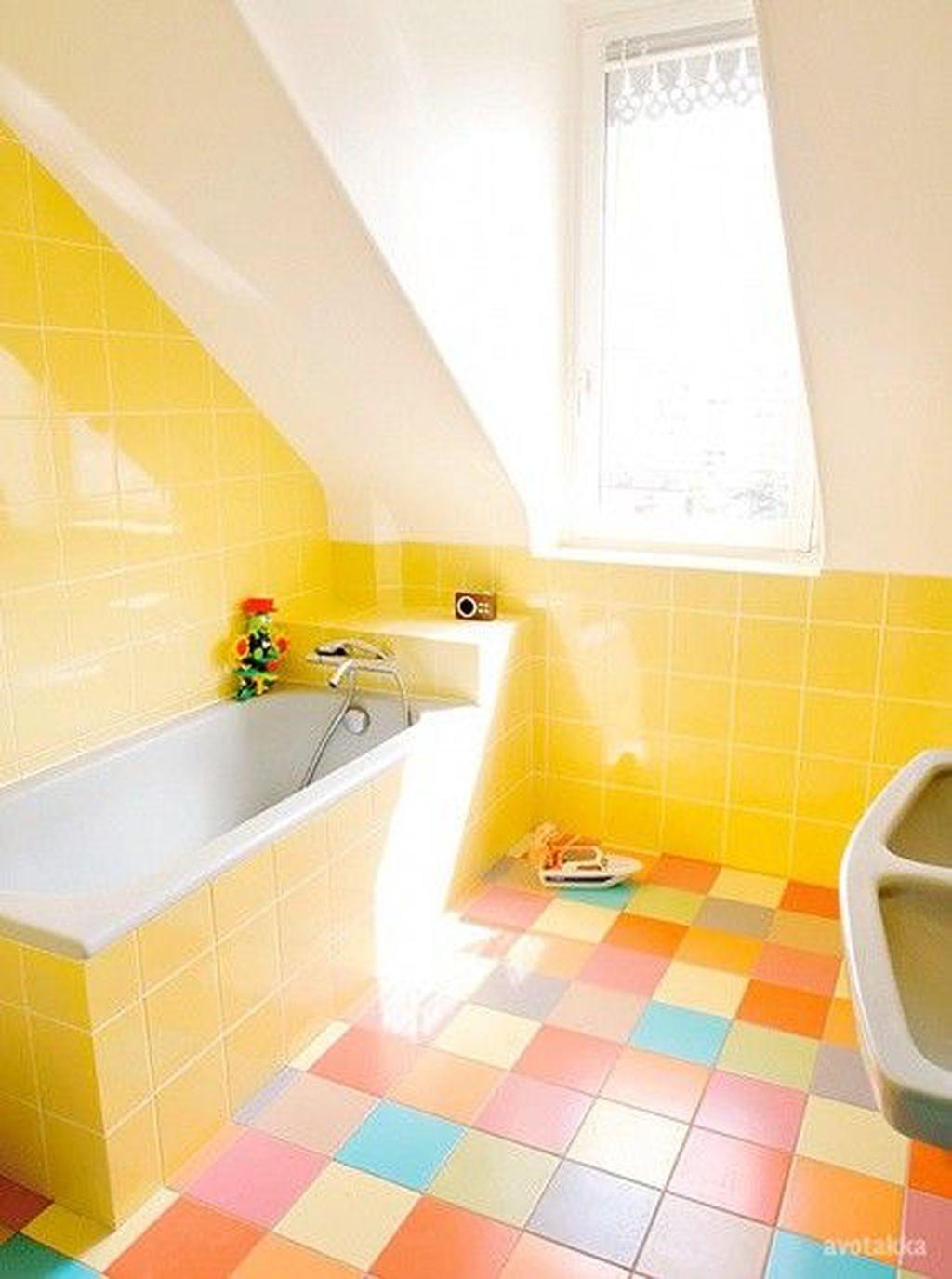 Creative Sunny Yellow Bathroom Decor For Summer 20