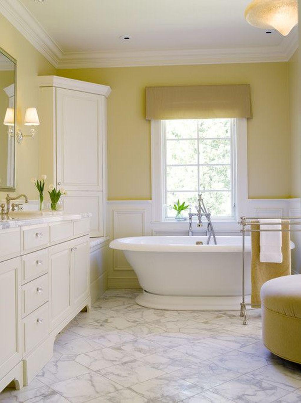 Creative Sunny Yellow Bathroom Decor For Summer 34