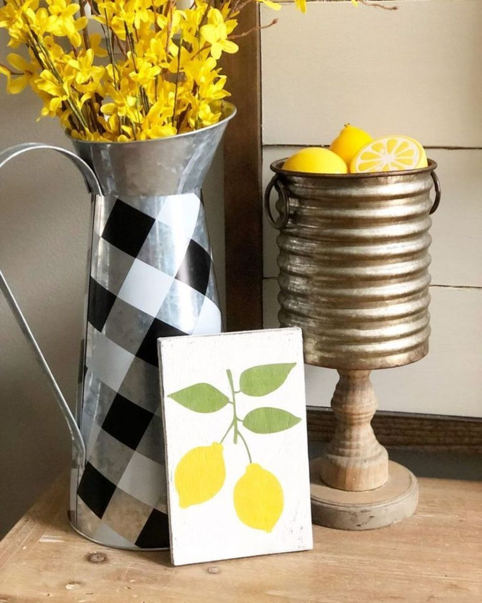 Fabulous Summer Farmhouse Decor Ideas You Will Love 04