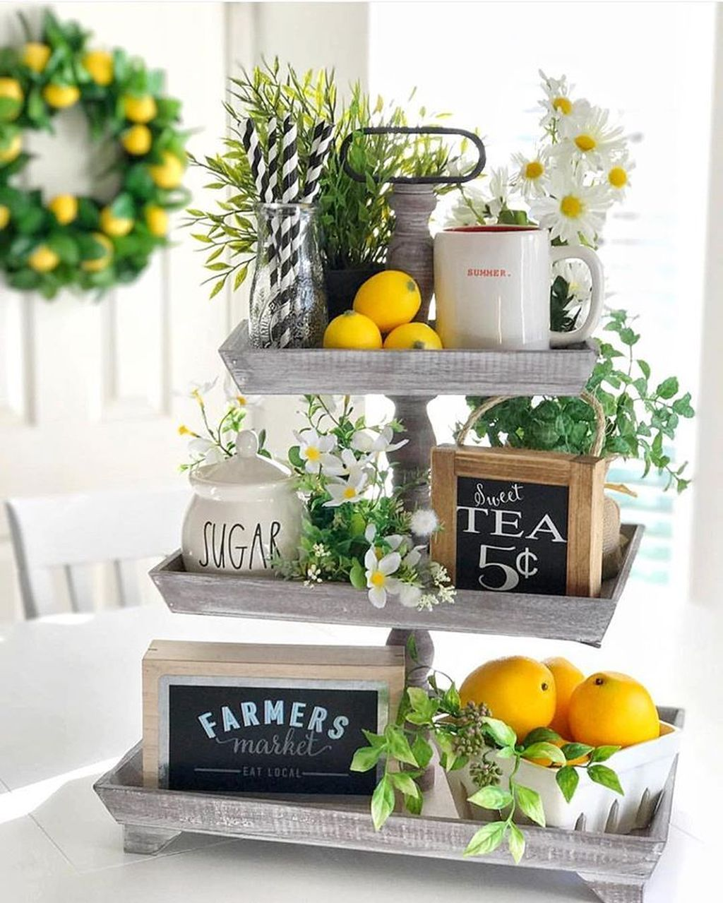 Fabulous Summer Farmhouse Decor Ideas You Will Love 09