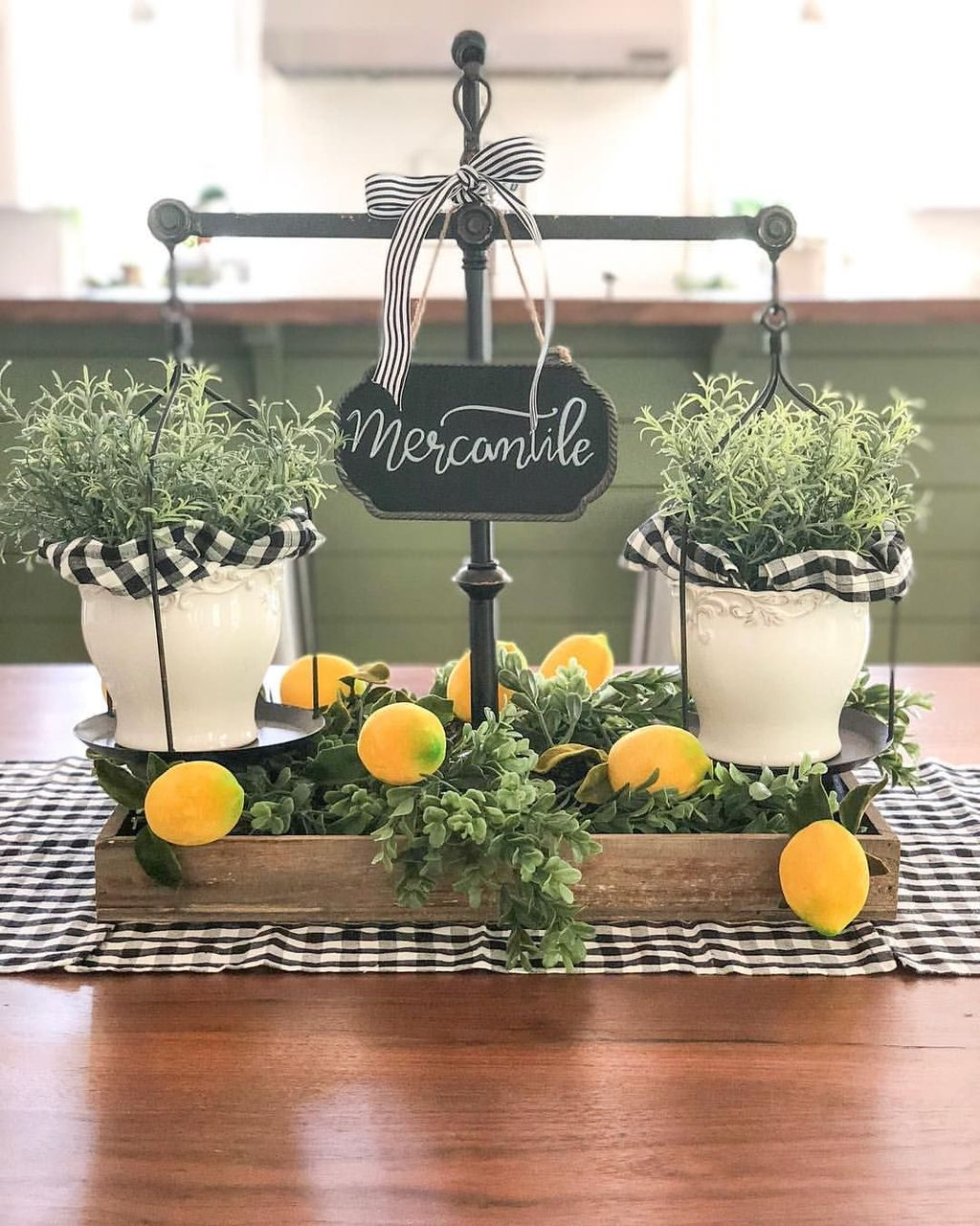 Fabulous Summer Farmhouse Decor Ideas You Will Love 31
