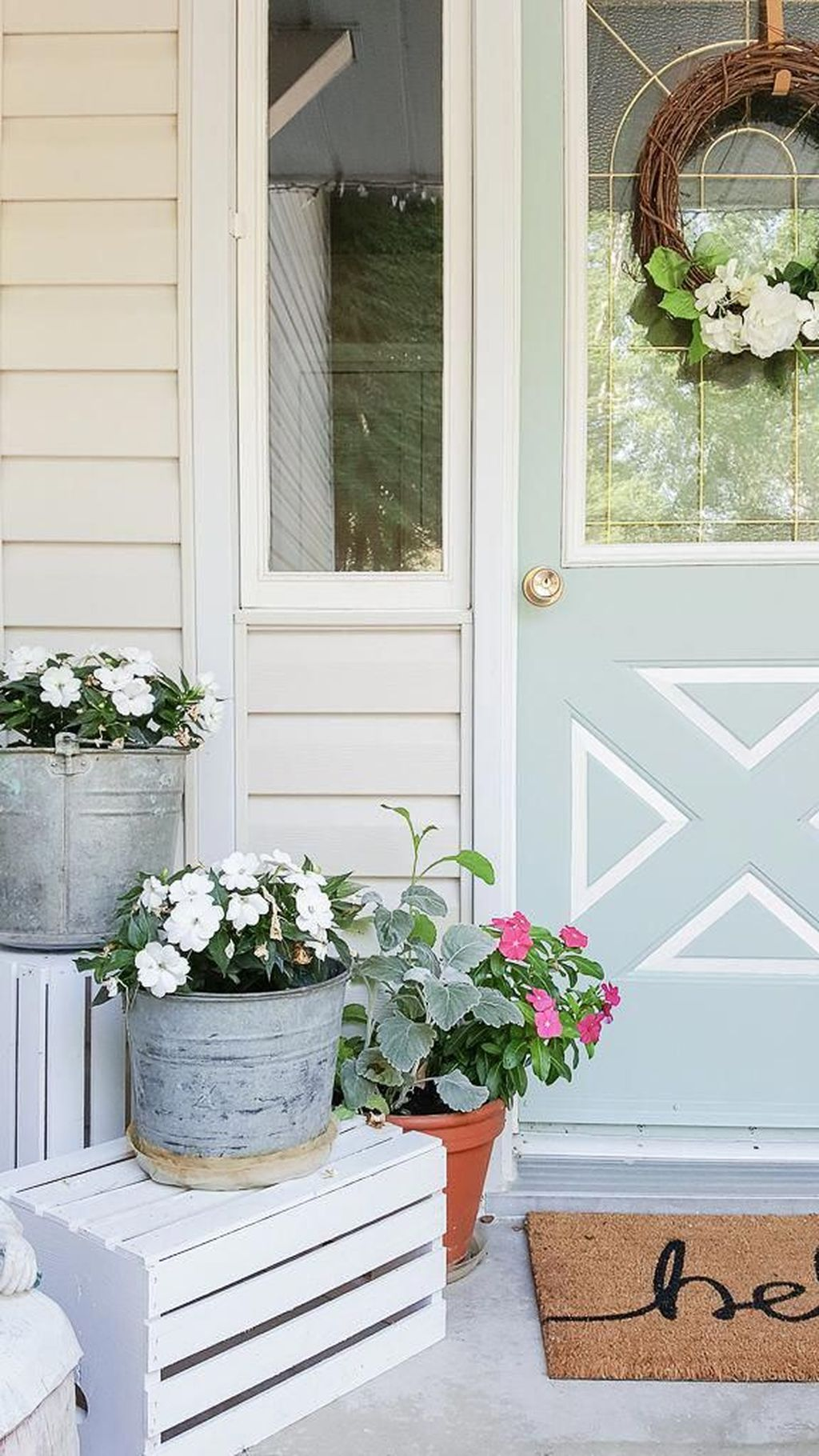 Fabulous Summer Farmhouse Decor Ideas You Will Love 37