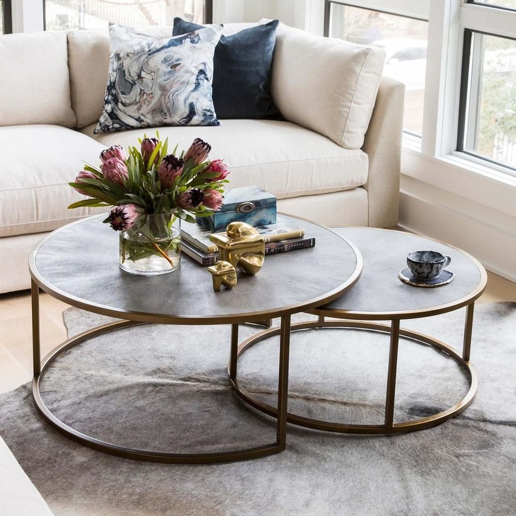 Fascinating Modern Coffee Tables Design Ideas 14